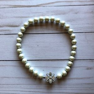 Carolee Lux White Beaded Faux Pearl Necklace